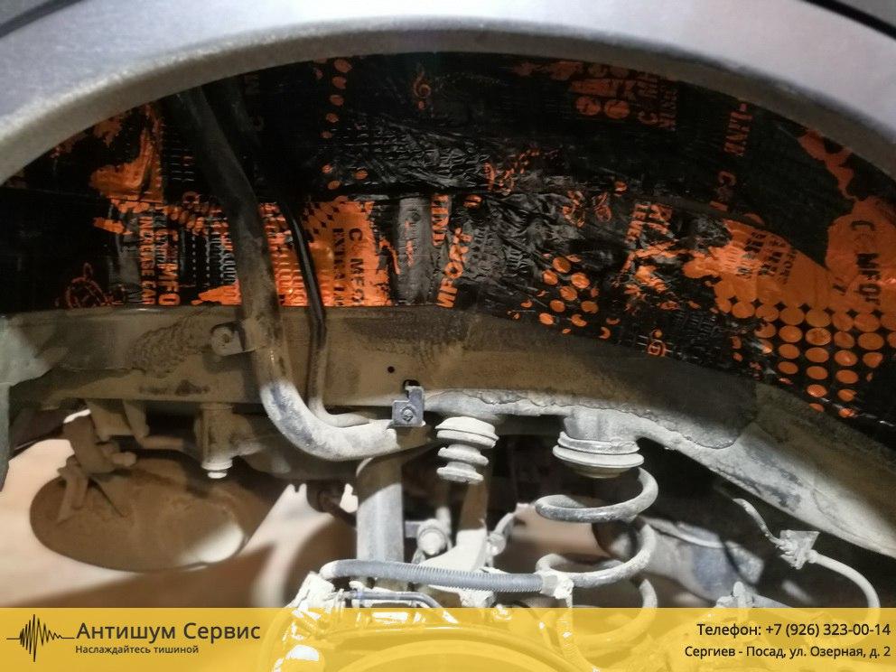 Шумоизоляция колесных арок Mercedes Benz Viano / Vito W639 (Вито / Виано)