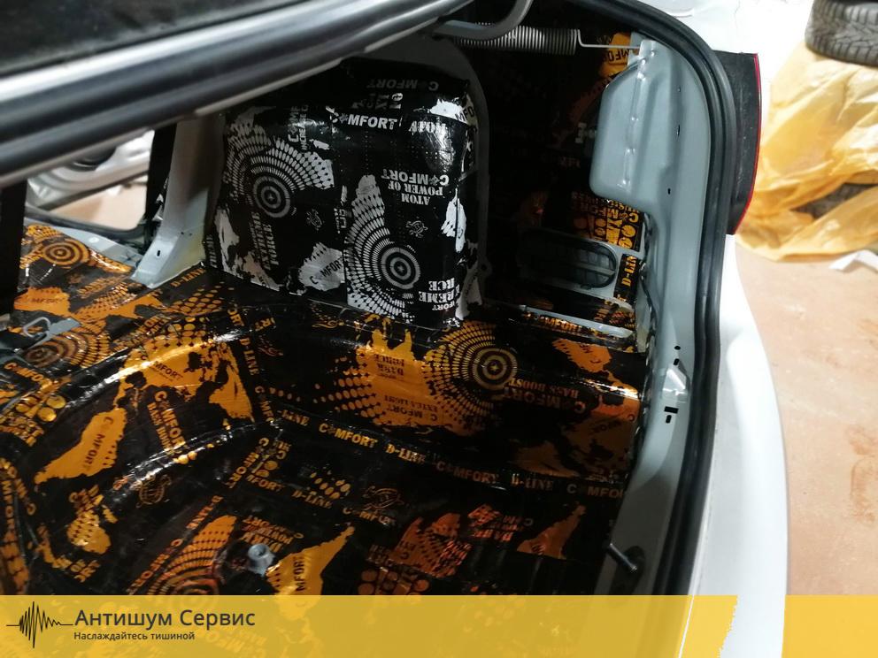 Шумоизоляция багажника Volkswagen Polo (Фольксваген Поло)