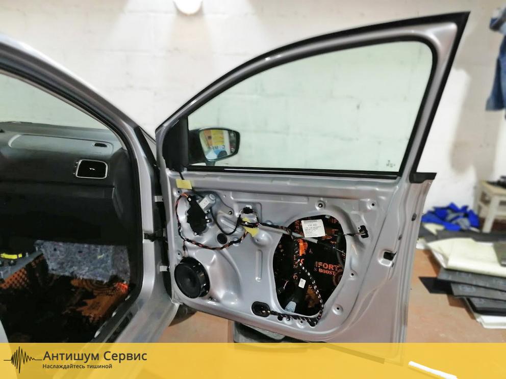 Шумоизоляция дверей Volkswagen Polo (Фольксваген Поло)