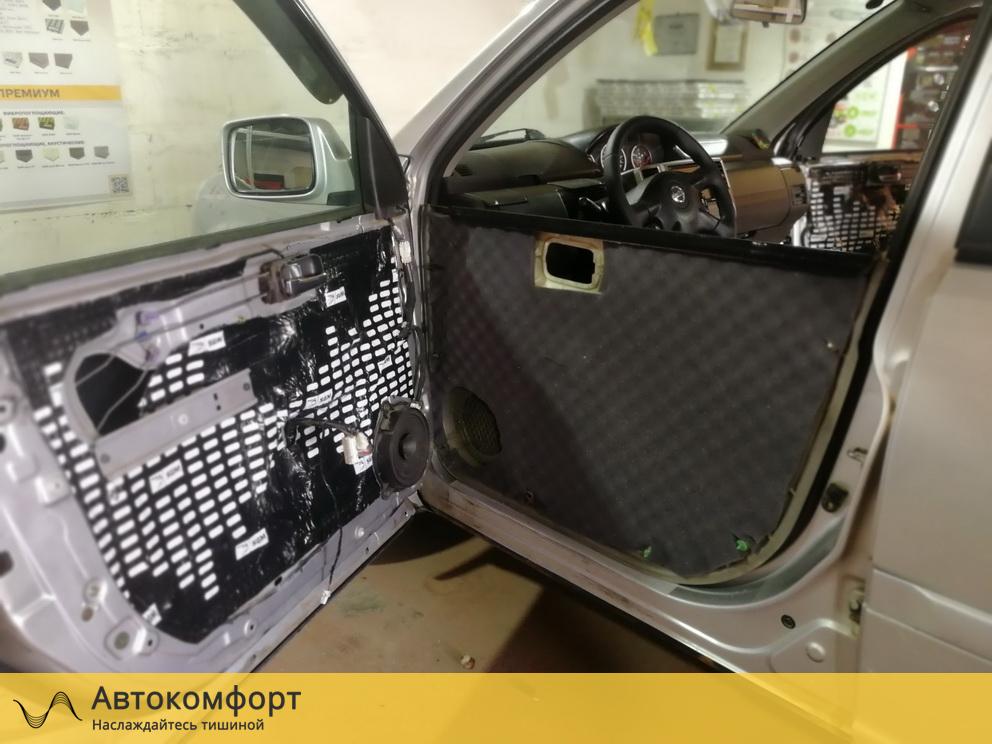 Шумоизоляция дверей Nissan X-Trail T31 (Ниссан Икс Трейл Т31)