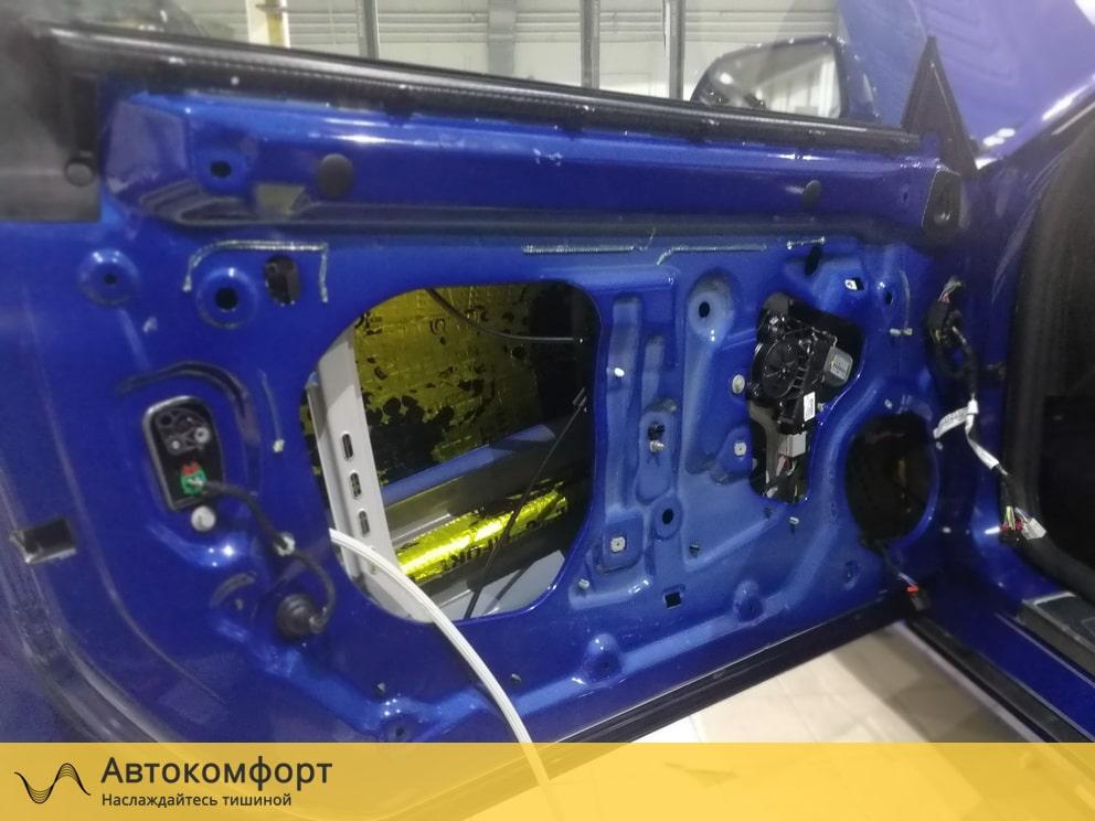 Шумоизоляция дверей Chevrolet Camaro 2019 (Шевроле Камаро)