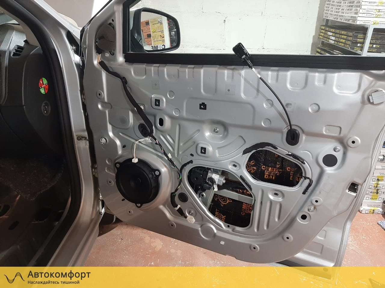 Шумоизоляция дверей Lada XRay (Лада Х Рей)