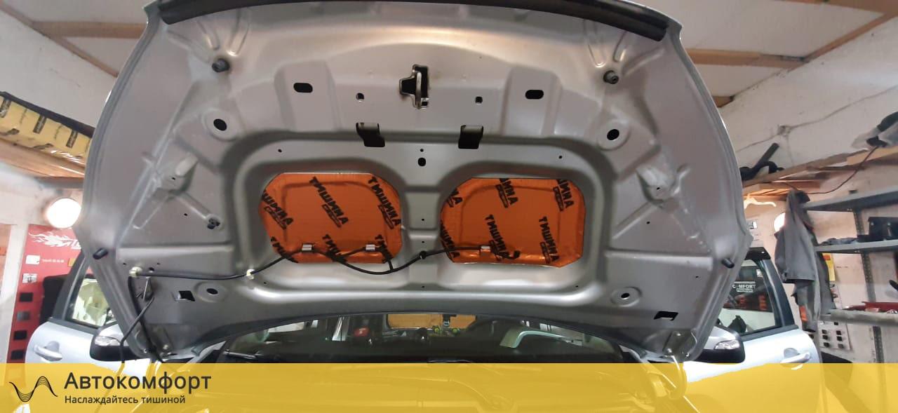 Шумоизоляция капота Lada XRay (Лада Х Рей)