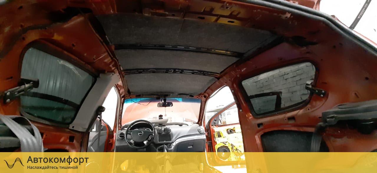 Шумоизоляция крыши (потолка) Chevrolet Aveo T250/T300