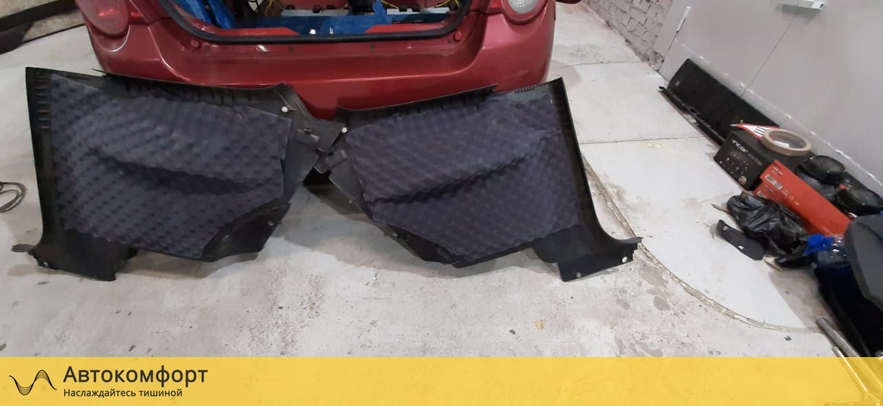 Шумоизоляция багажника Chevrolet Aveo T250/T300