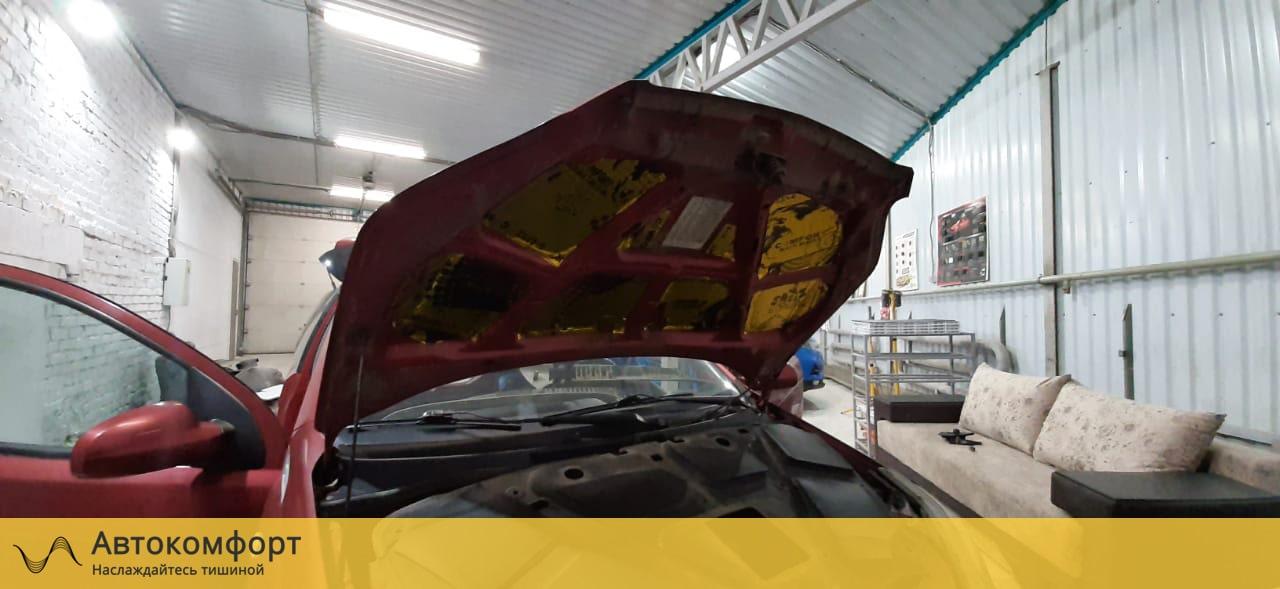 Шумоизоляция капота Chevrolet Aveo T250/T300