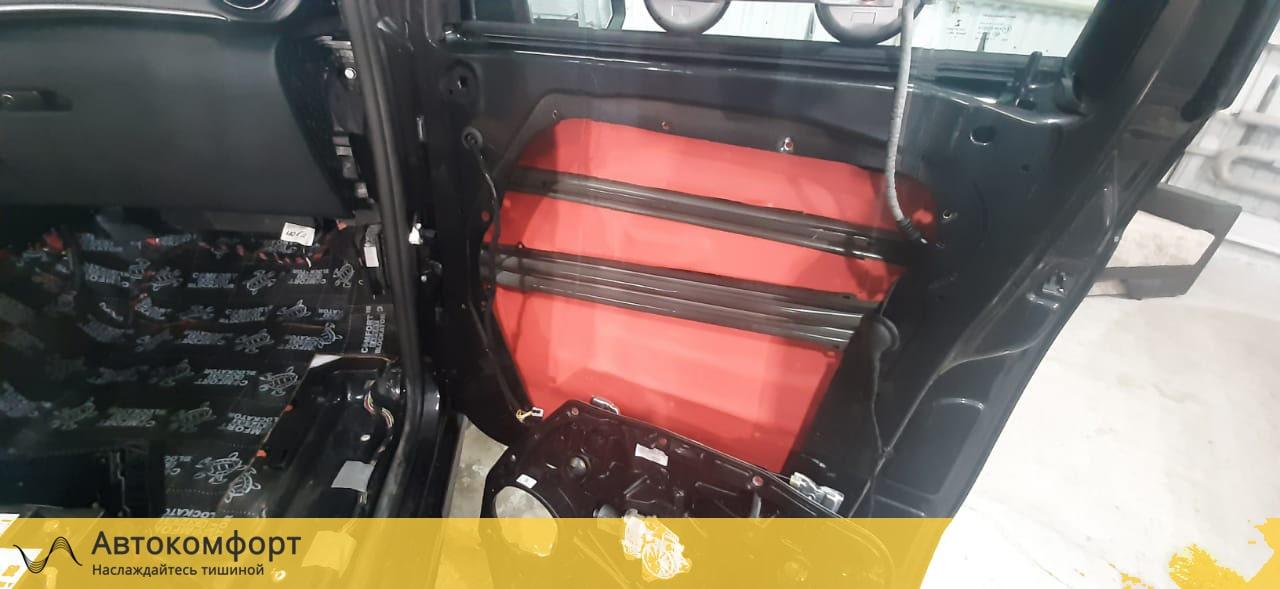 Шумоизоляция дверей Mercedes Benz V Class W447 (В Класс)