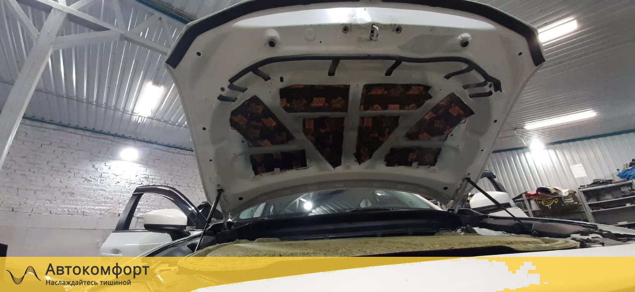 Шумоизоляция капота Mazda CX5 (Мазда СХ5)