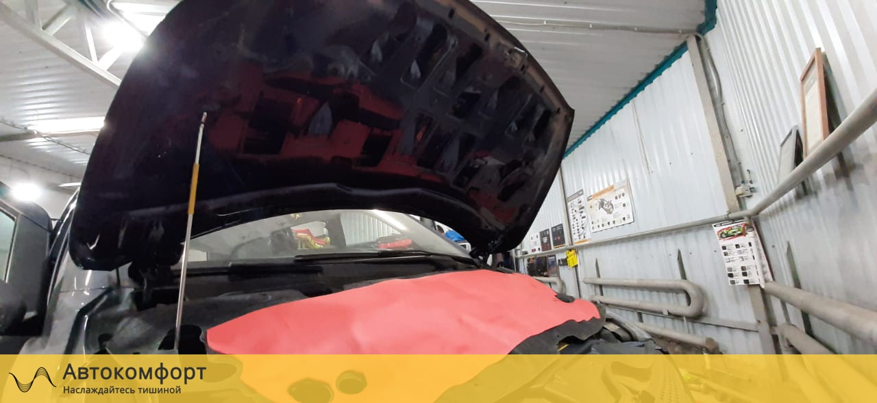 Шумоизоляция капота Mercedes Benz V Class W447 (В Класс)