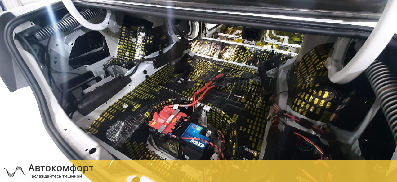 Шумоизоляция багажника BMW 5 F10 (5 серии Ф10)