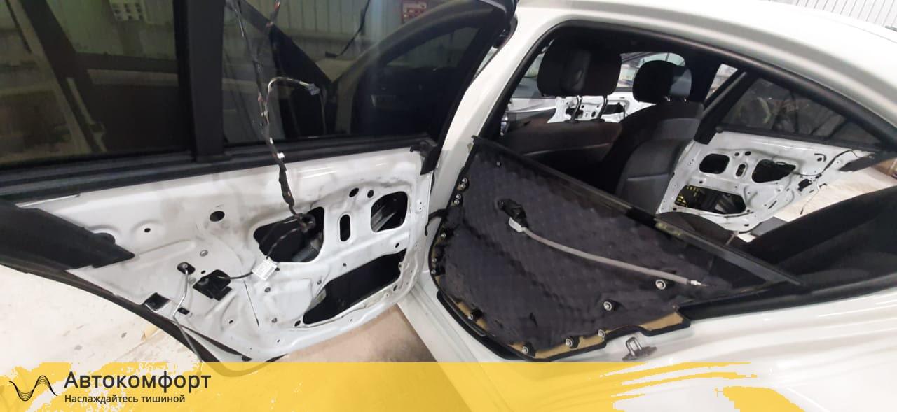 Шумоизоляция дверей BMW 5 F10 (5 серии Ф10)
