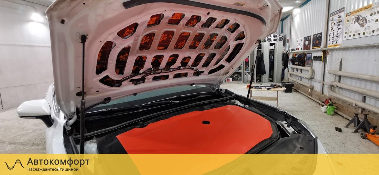 Шумоизоляция капота Toyota Camry V70 (Тойота Камри В70)