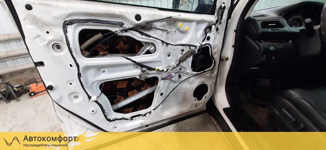 Шумоизоляция дверей Honda CRV 4 (Хонда СРВ 4)