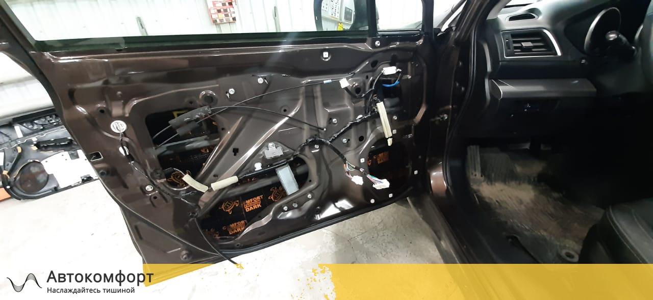 Шумоизоляция дверей Subaru Outback 5 BS (Аутбек 2020)