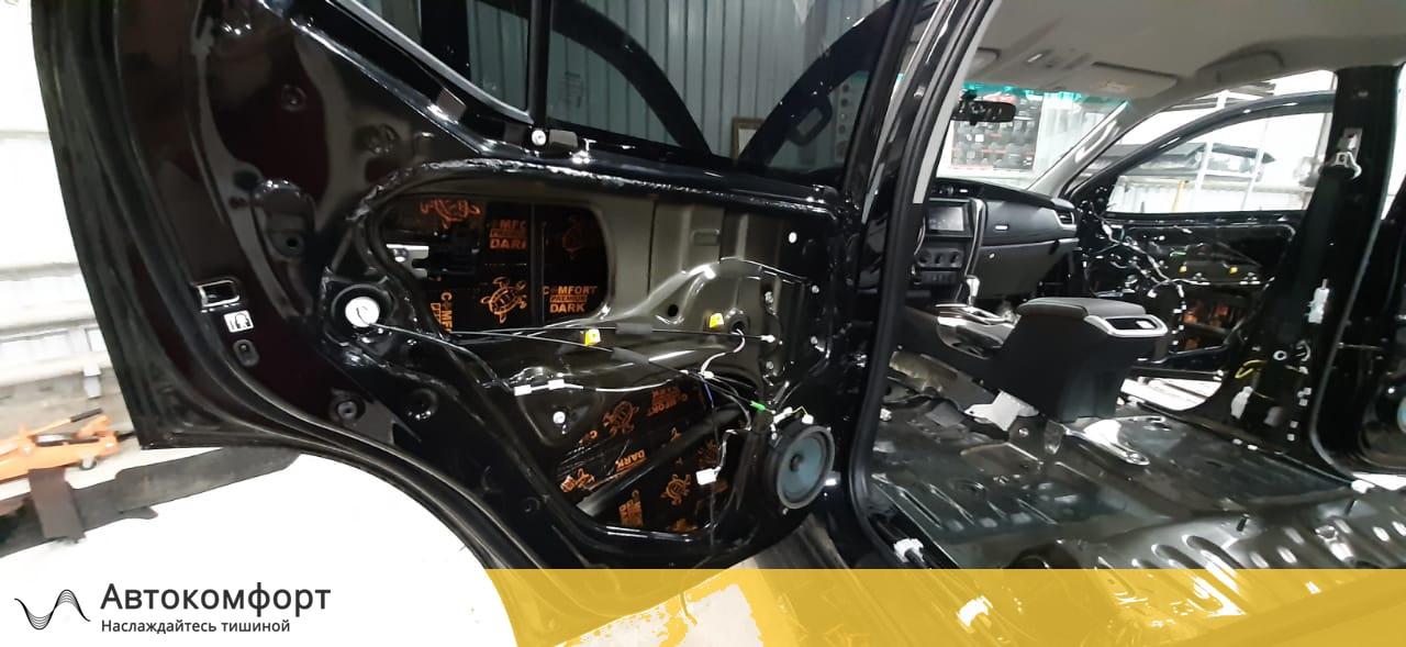 Шумоизоляция дверей Toyota Fortuner II   Тойота Фортунер 2
