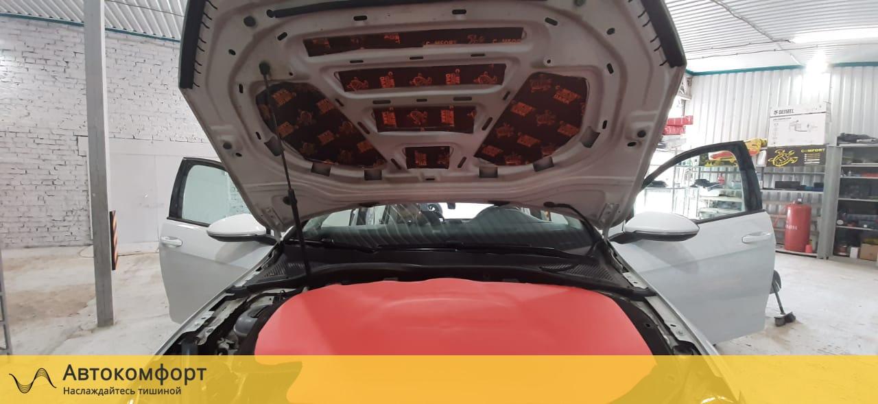 Шумоизоляция капота Volkswagen Golf MK7 | Фольксваген Гольф МК7
