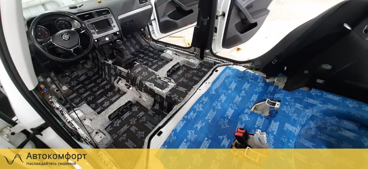 Шумоизоляция пола (днища) Volkswagen Golf MK7 | Фольксваген Гольф МК7