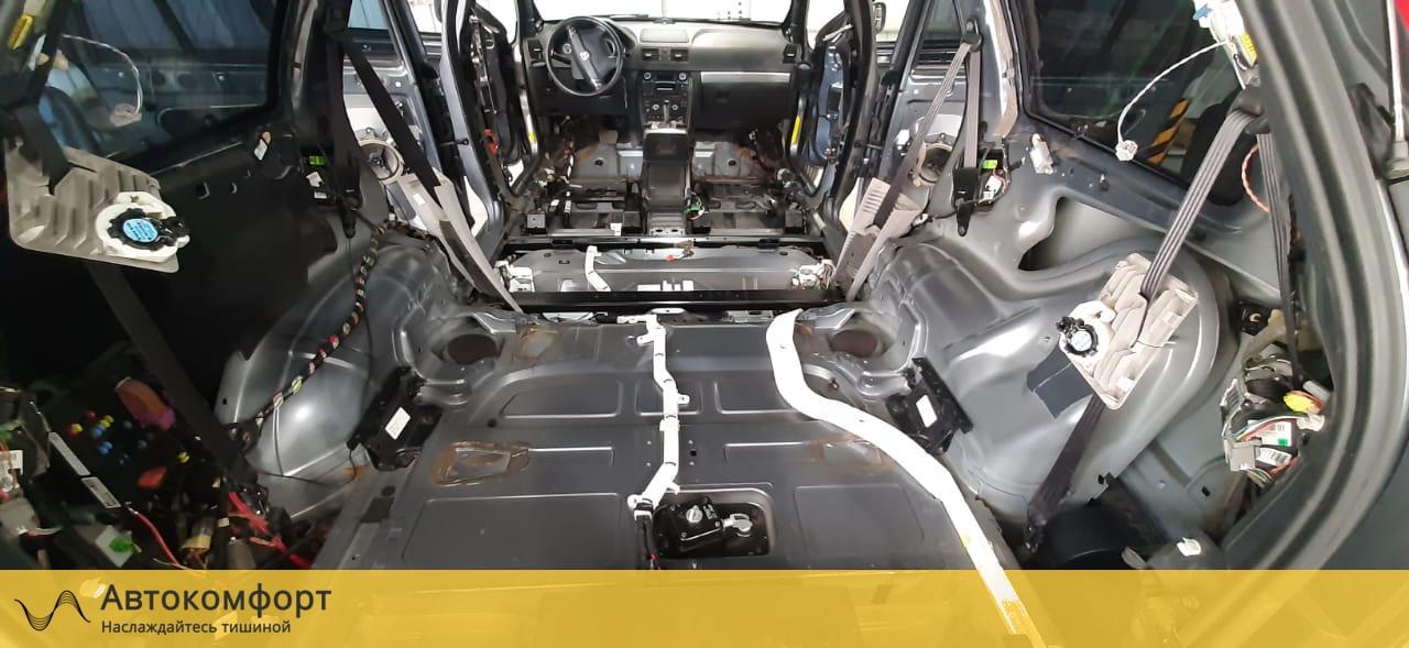 Шумоизоляция багажника Volvo XC90   Вольво ХС90
