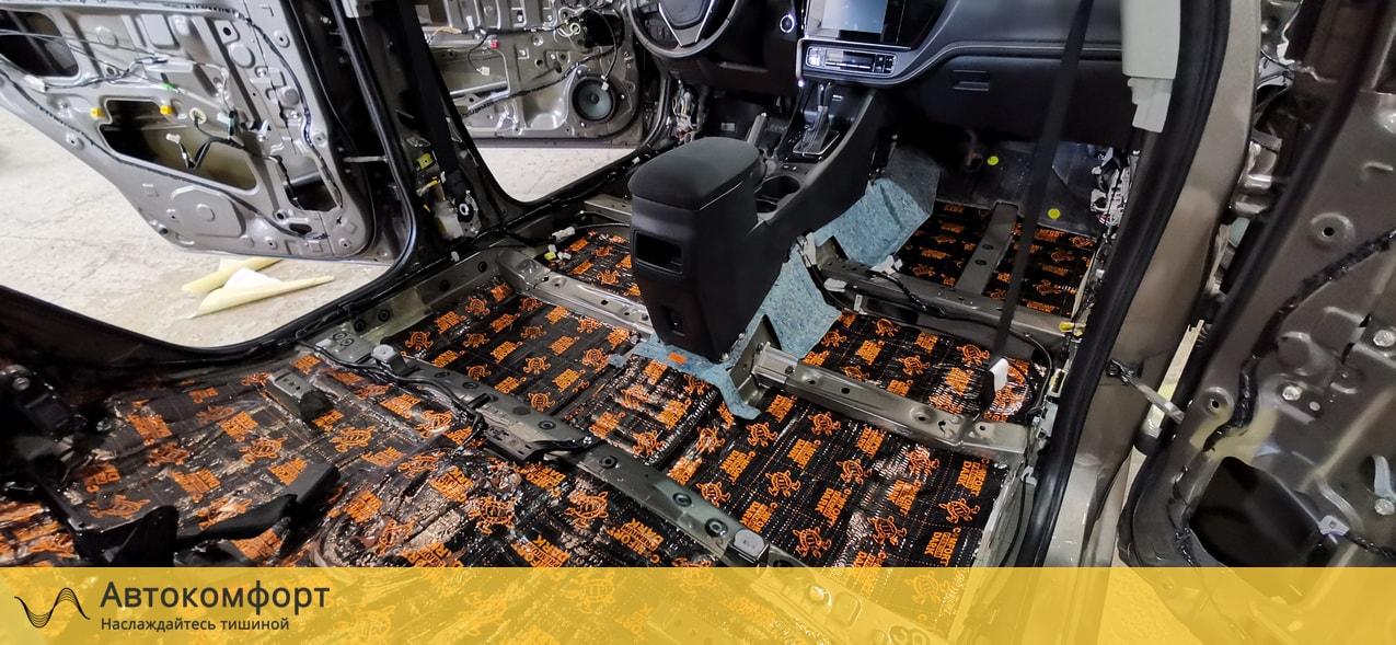 Шумоизоляция пола (днища) Toyota Corolla E160 | Тойота Королла Е160