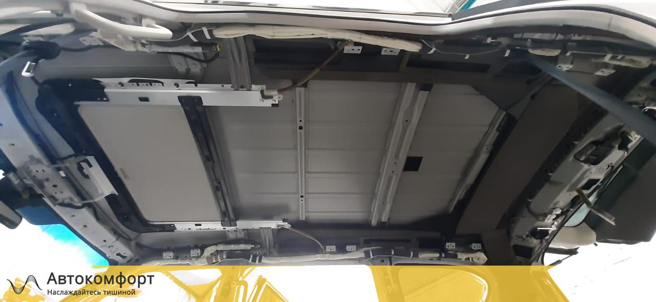Шумоизоляция крыши (потолка) Nissan Patrol Y62 | Ниссан Патрол У62