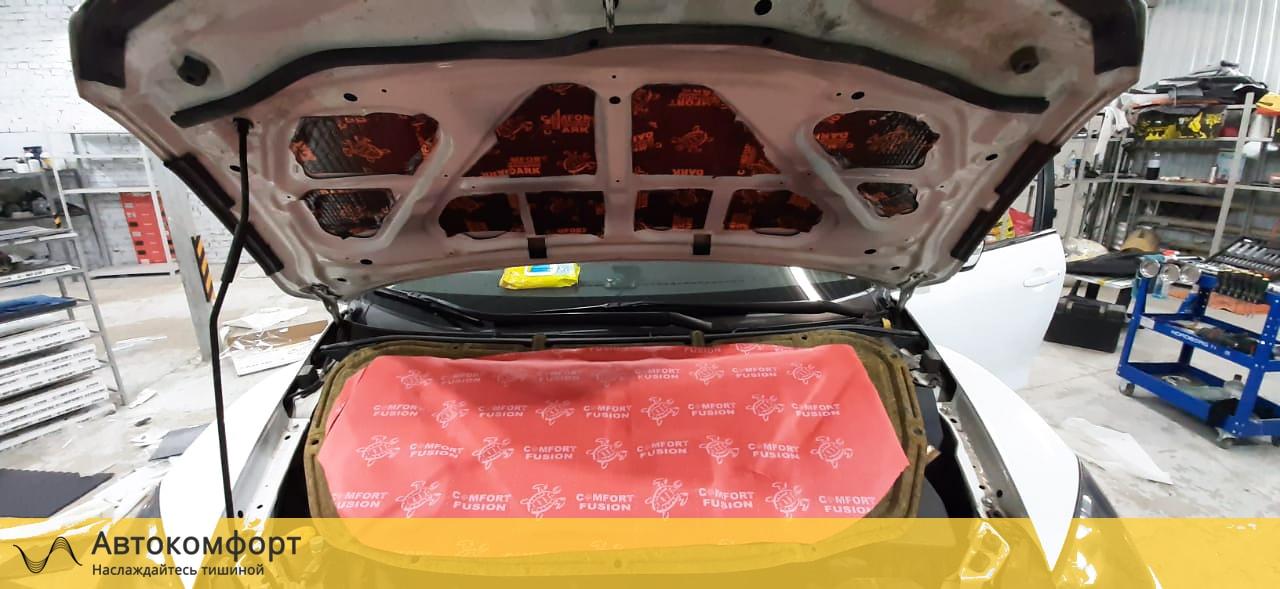 Шумоизоляция капота Mazda CX 7 (Мазда СХ 7)