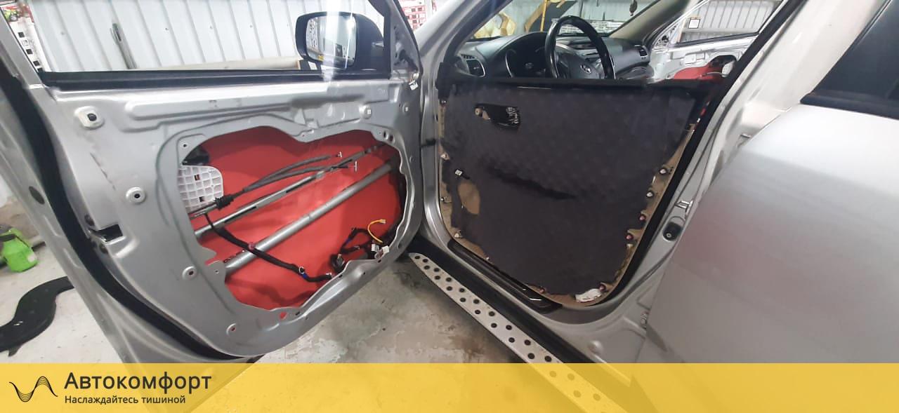 Шумоизоляция дверей Kia Sorento 2 (КИА Соренто)