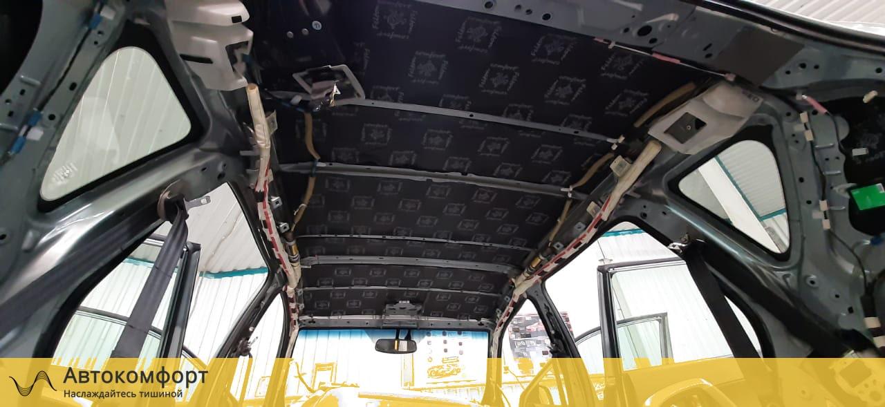 Шумоизоляция крыши Toyota Rav 4 (3 поколения)