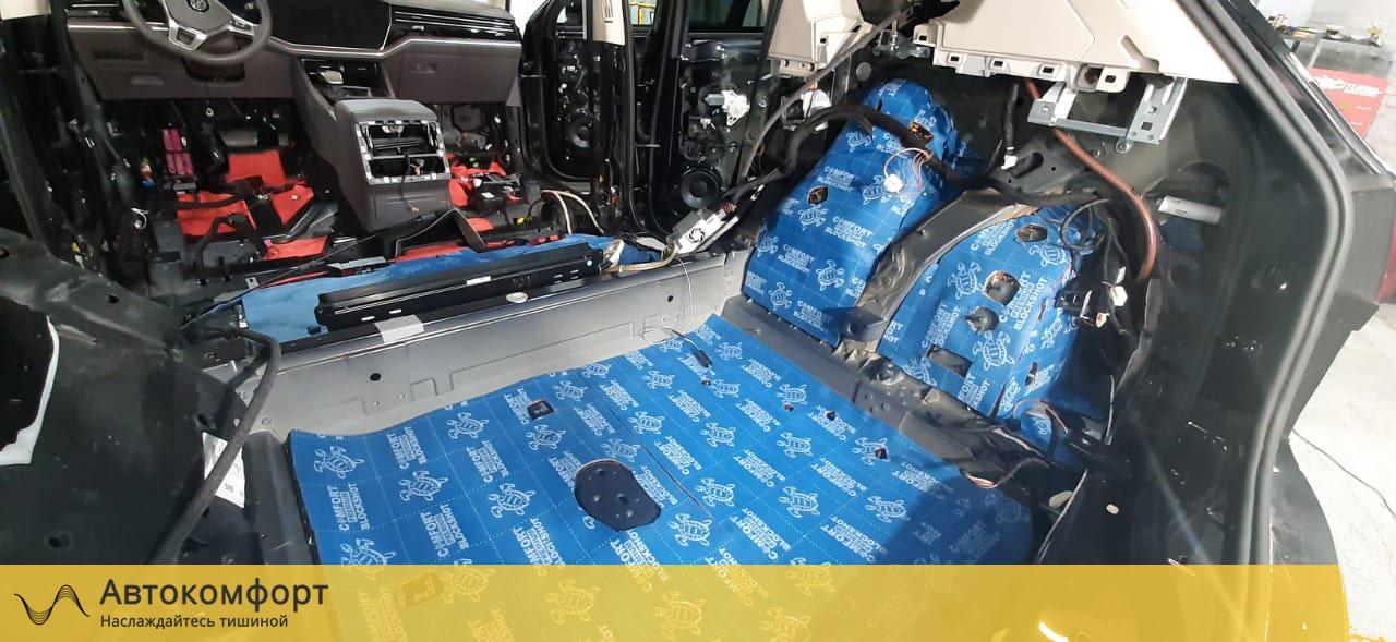 Шумоизоляция багажника Volkswagen Touareg 3