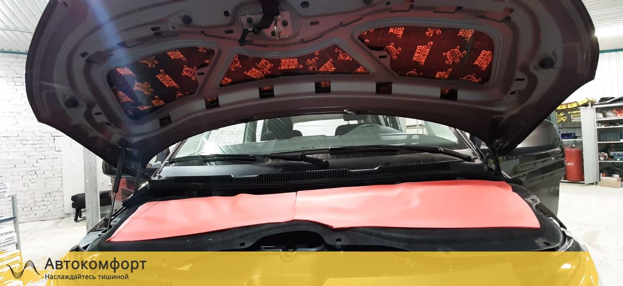 Шумоизоляция капота Volkswagen Caravelle T5/T6.1