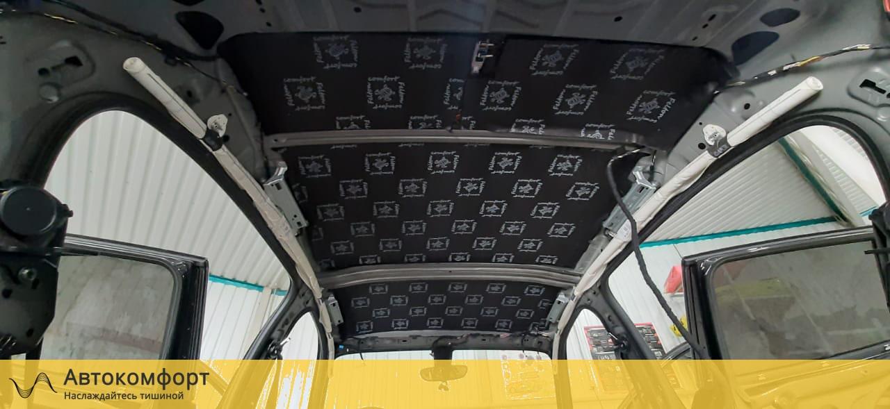 Шумоизоляция крыши (потолка) BMW 1 series F20 (БМВ 1 серии Ф20)
