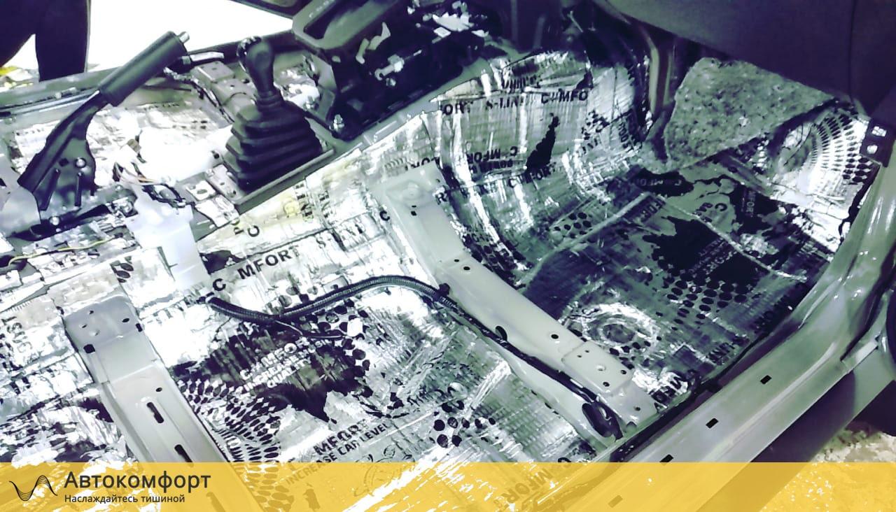 Шумоизоляция пола (днища) Suzuki Jimny 4 | Сузуки Джимни IV
