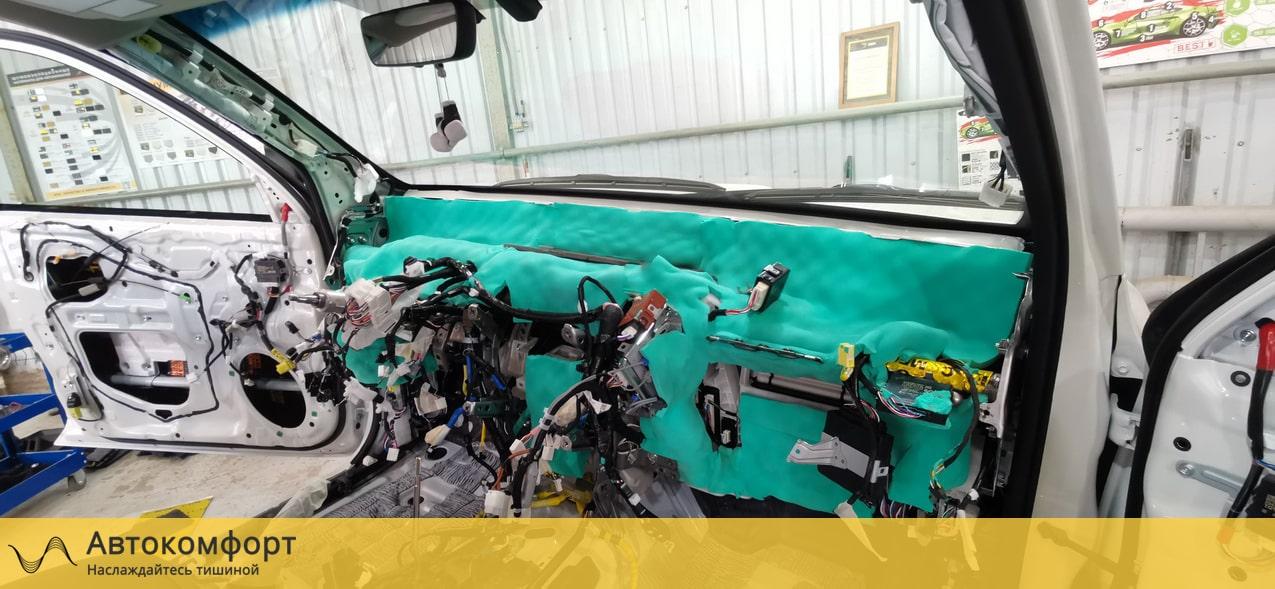 Шумоизоляция торпедо Toyota Land Cruiser Prado (Прадо 150)
